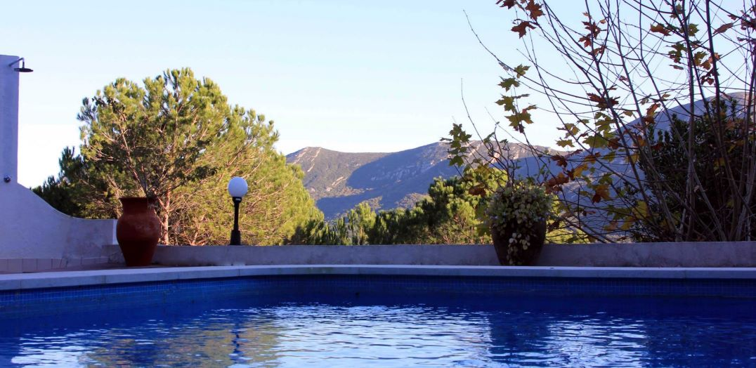 5 BEDROOM HOUSE WITH SWIMMING POOL IN AZEITÃO FOR SALE