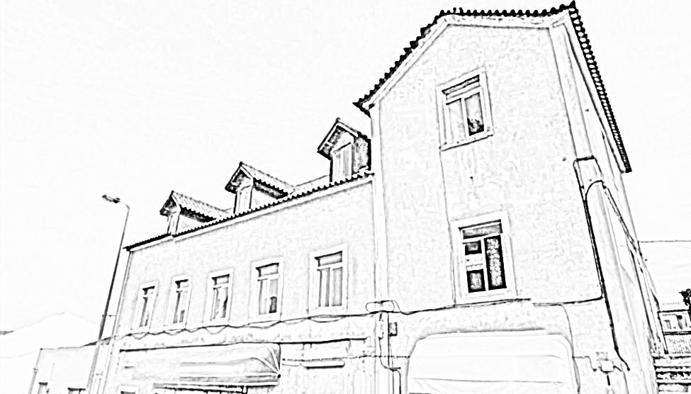 4-FLOOR BUILDING TO RENOVATE IN SINTRA FOR SALE